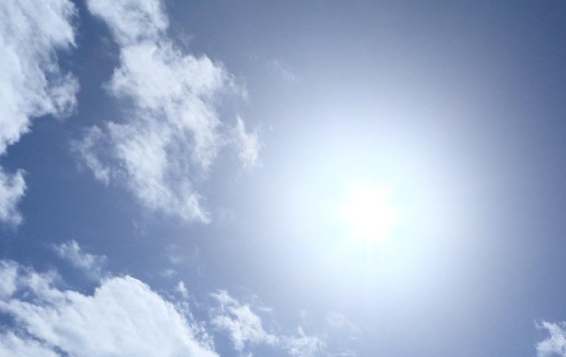 紫外線と肌トラブルの関係性1